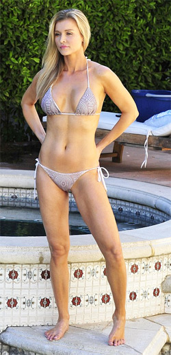 Joanna Krupa Shows Her Perfect Bikini Body As She Does The