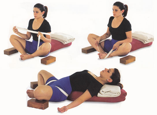 It Gently Massages The Heart And Helps Open Blocked Arteries Pose Also Improves Blood Circulation In Abdomen Massaging Toning Abdominal
